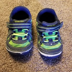 STRIDE RITE Breathable Velcro Shoes
